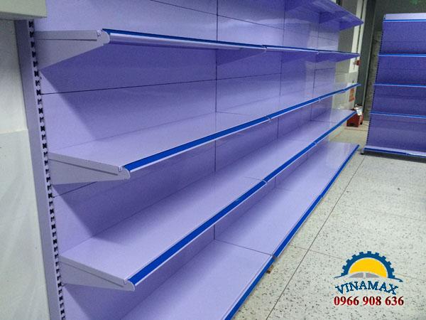 kệ siêu thị, Kệ siêu thị đơn lưng tôn liền